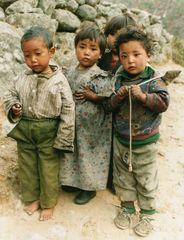 Kinder in Tengpoche