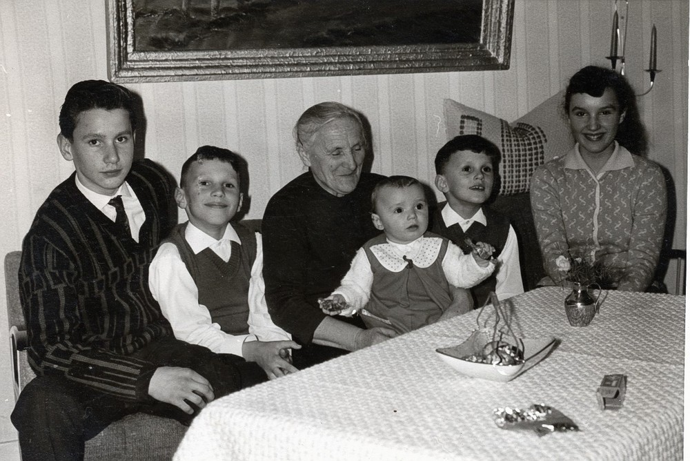 Kinder mit Oma in Kastellaun