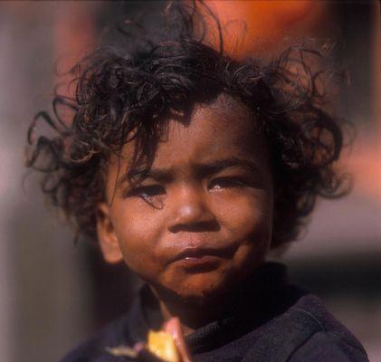 Kinder Nepals 1