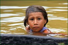 Kinderaugen- Yanumami Indianer