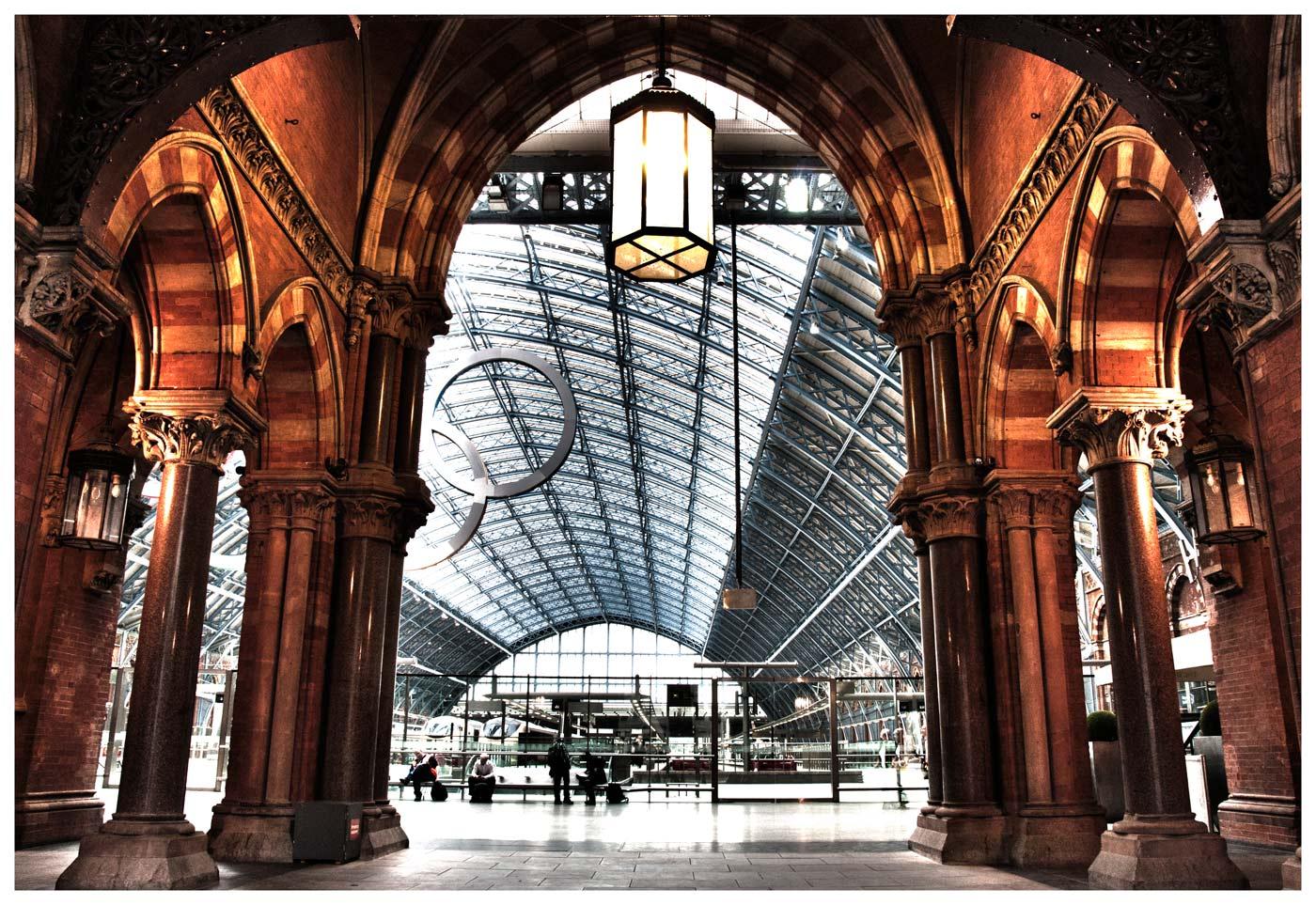 ££ King's Cross Bahnhof alt und neu ££