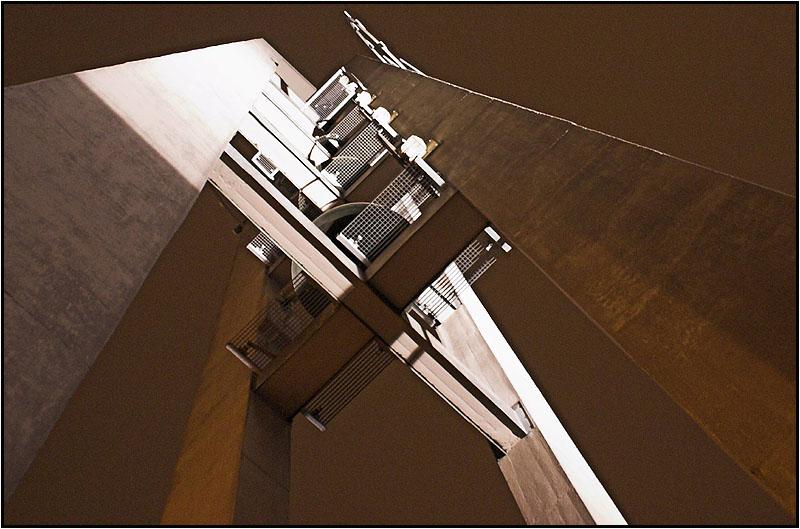 Kirch Turm von unten