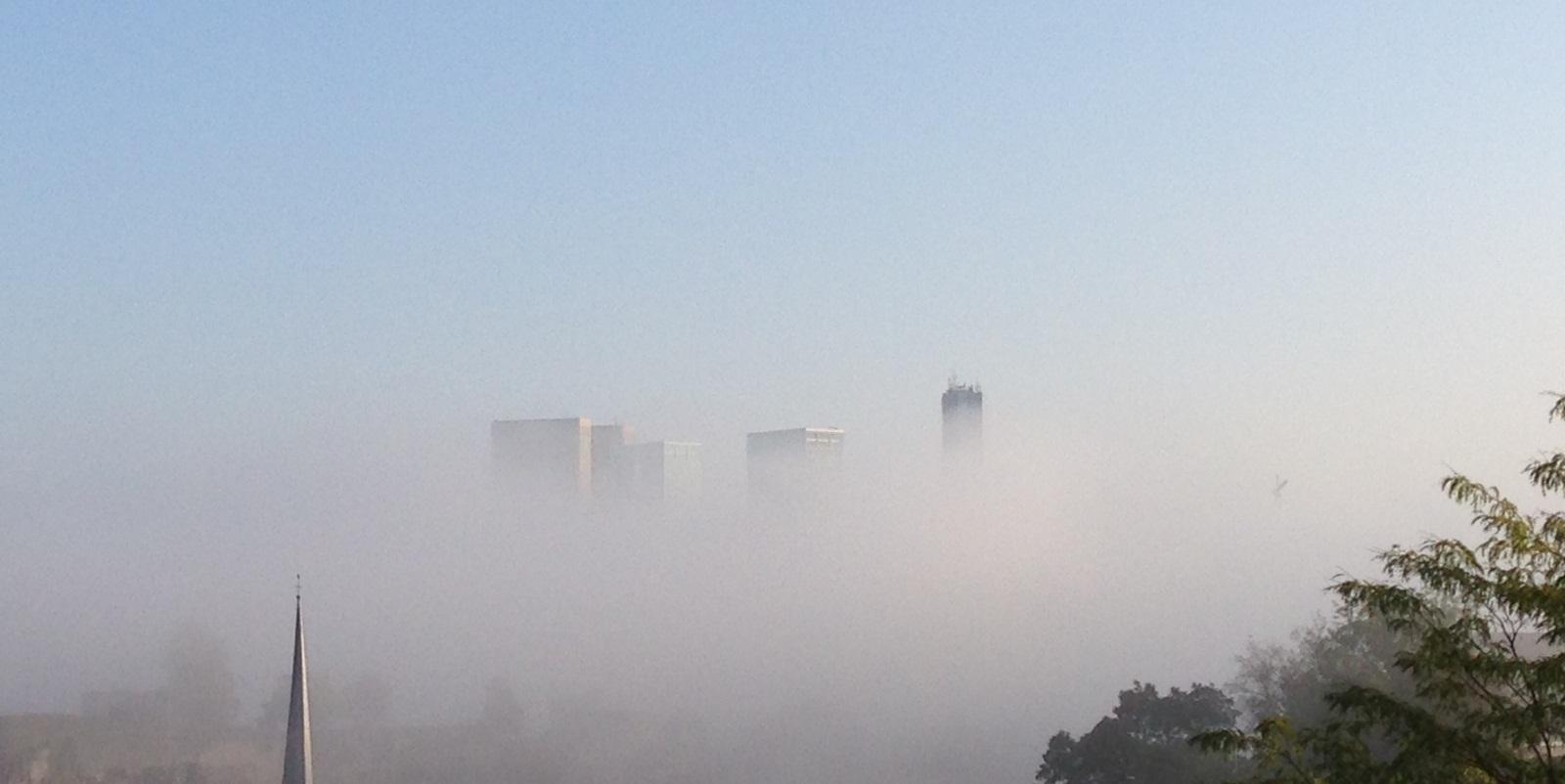Kirchberg im Nebel