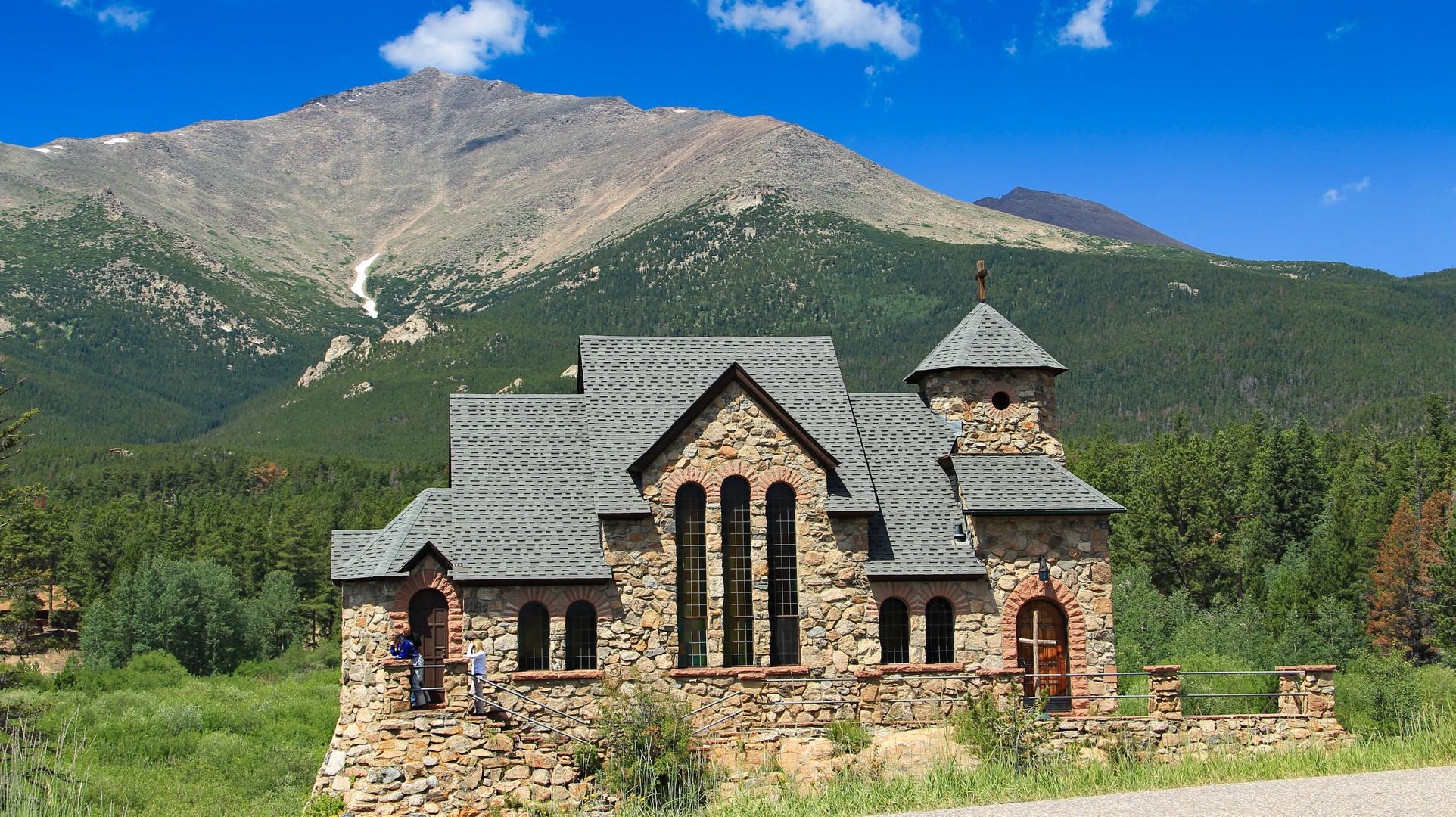 Kirche am Peak to Peak Highway