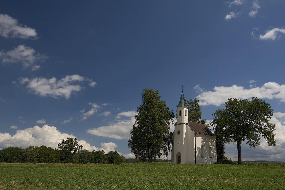 Kirche bei Kirchroth
