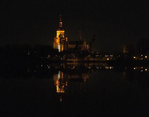 Kirche bei Nacht...