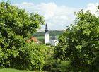 Kirche des deutsch-französischen Grenzdorfes Leidingen (Saarland)