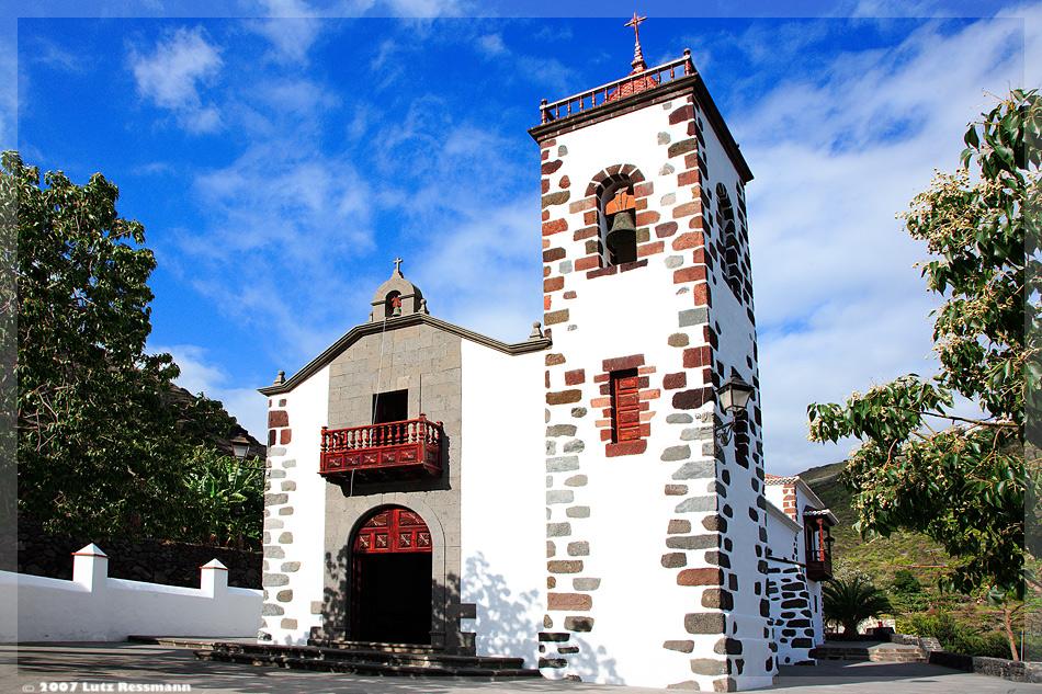 Kirche im Abgrund