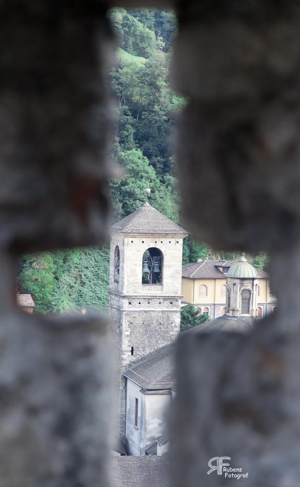 Kirche im Kreuz