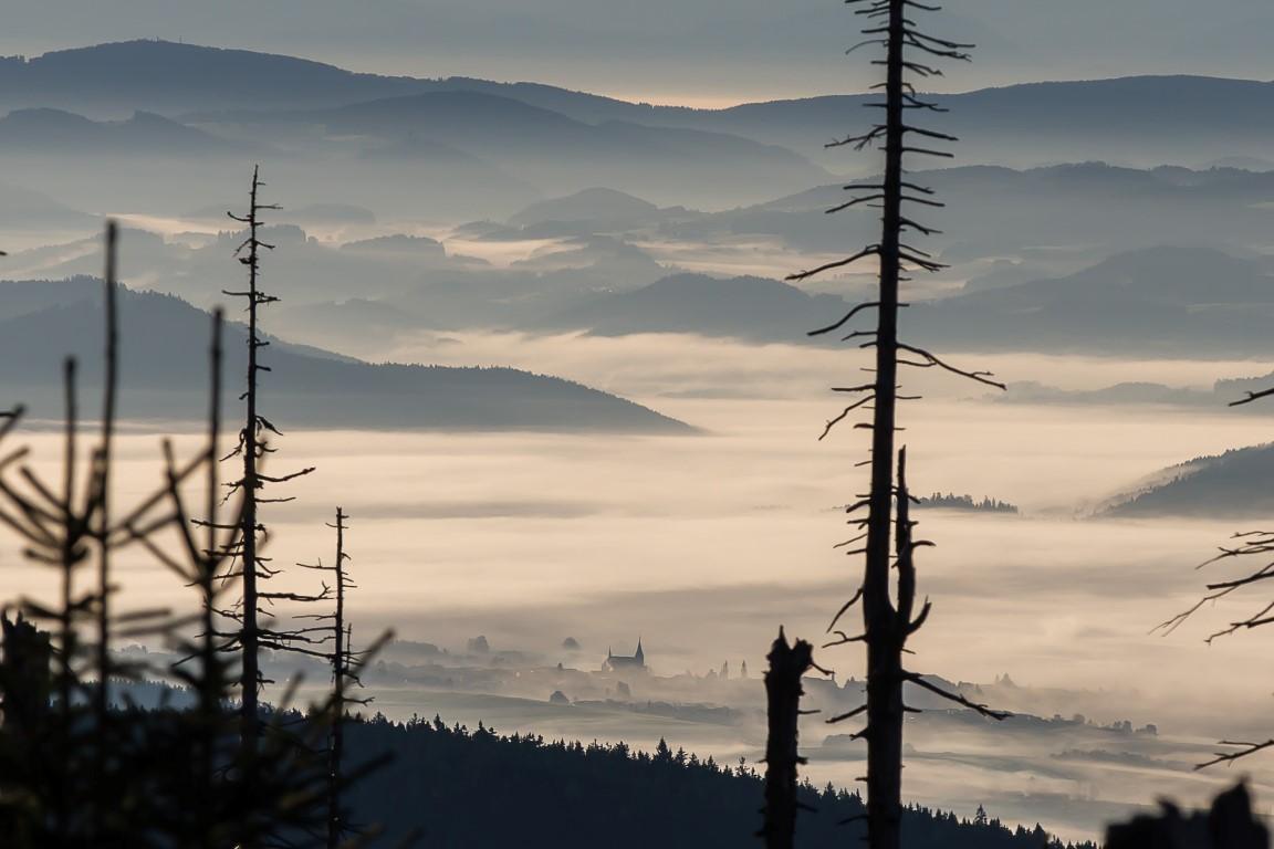 KIrche im Nebel (Ausschnitt)