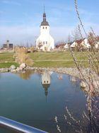 Kirche im Spiegel