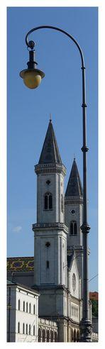 Kirche im Spotlight