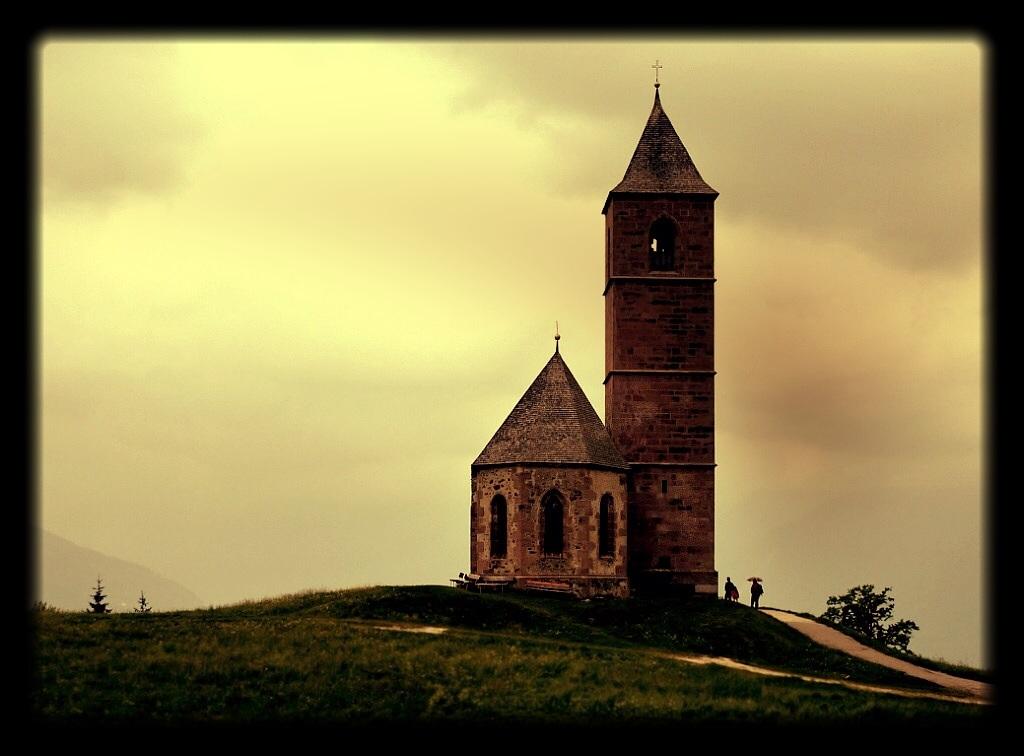 Kirche in Avelengo