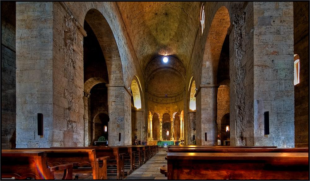 Kirche in Besalu Part 2