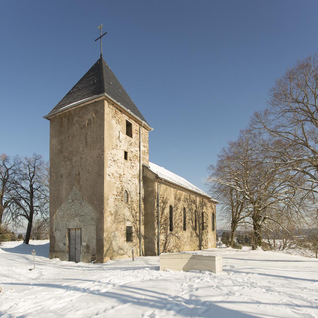 Kirche in der ehemaligen Ortschaft Wollseifen / Eifel