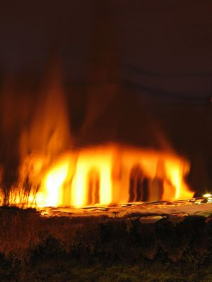 Kirche in Flammen