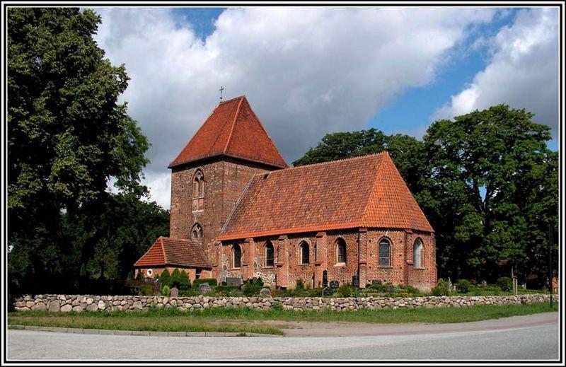 Kirche in Groß Brütz/Seitenansicht