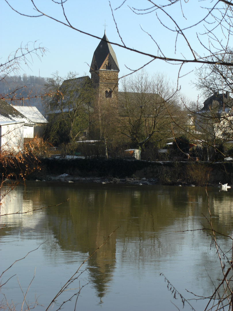 Kirche in Nievern
