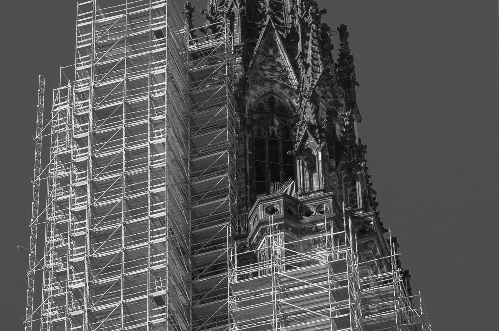 Kirche in Rüstung