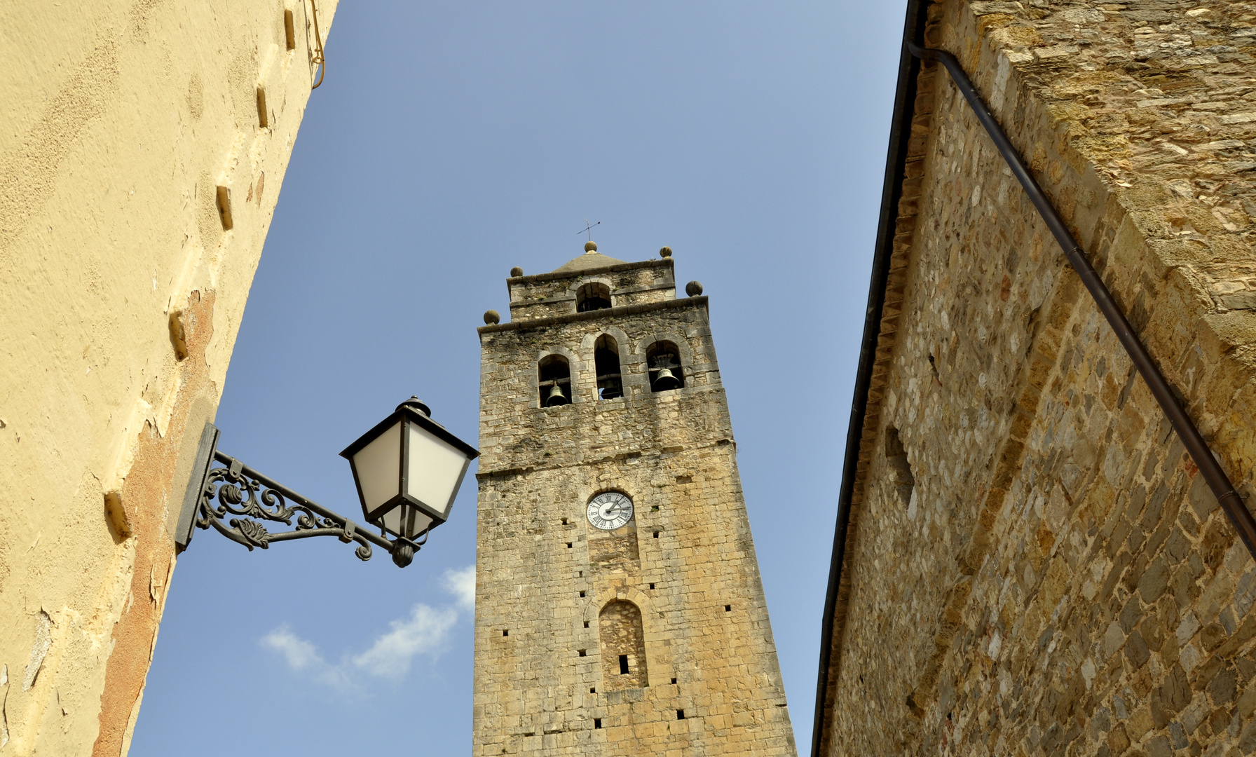 Kirche in Sant Llorenç de la Muga (Girona)