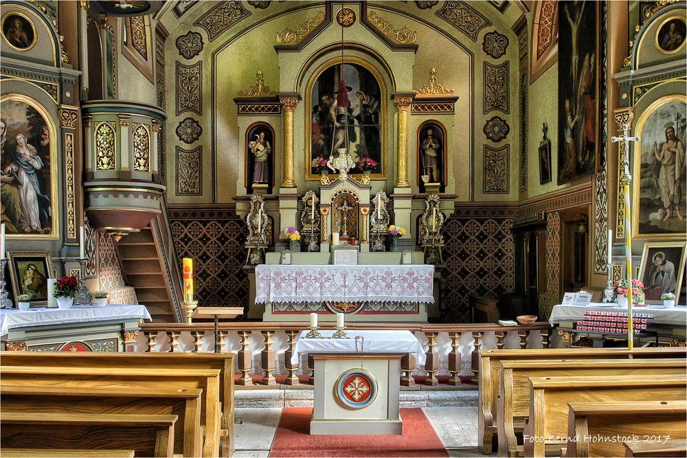 Kirche Kleinstockach .....