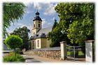 Kirche Langenbach, nördlich von Schneeberg
