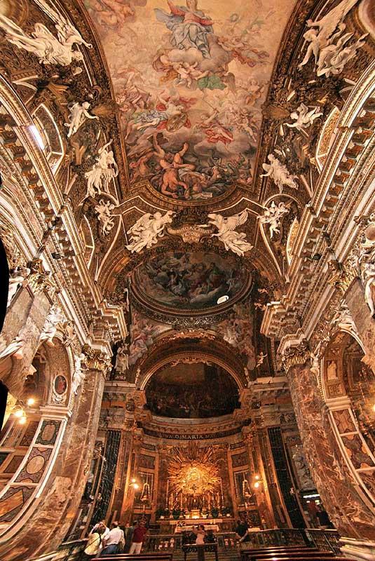 Kirche St. Maria Vittoria