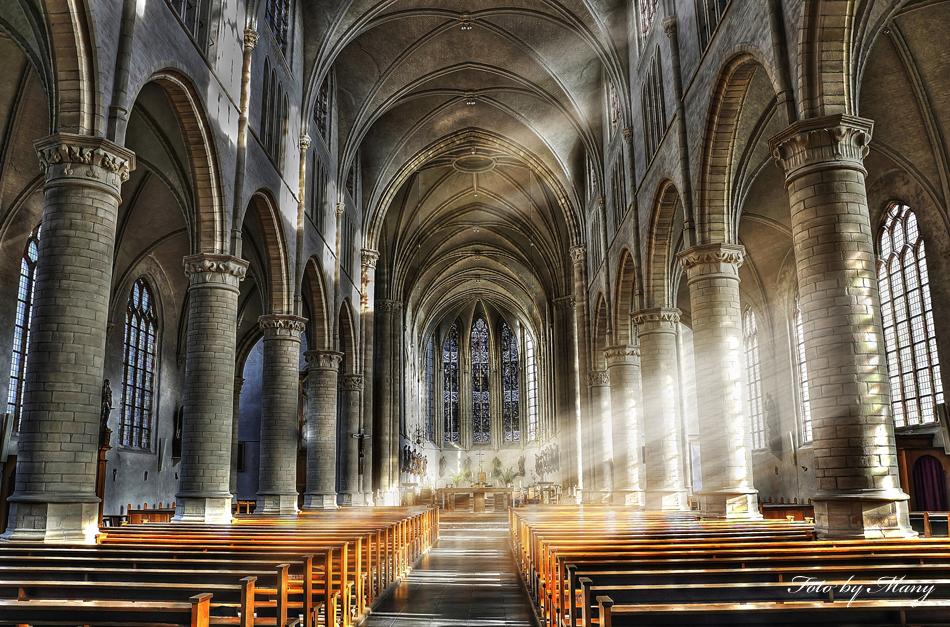 Kirche von Hoeven