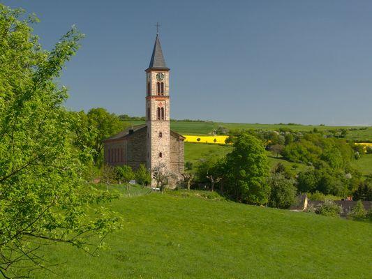 Kirche zu Steinfischbach (Gemeinde Waldems im Taunus)