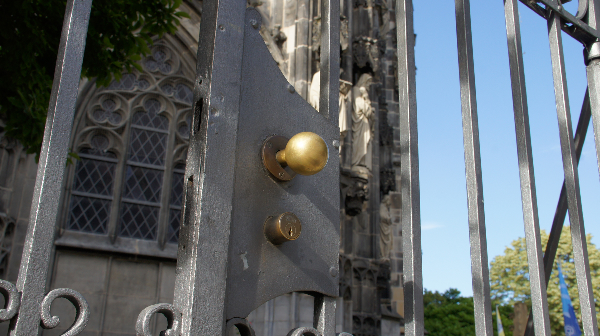 Kirchen dürfen keine verschlossenen Türen haben.