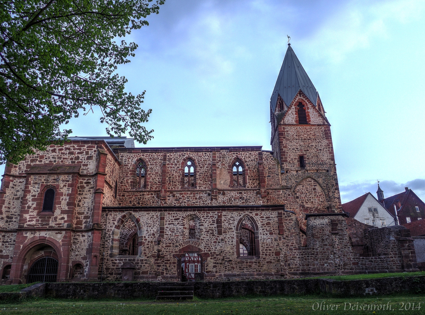Kirchen-Ruine version 2