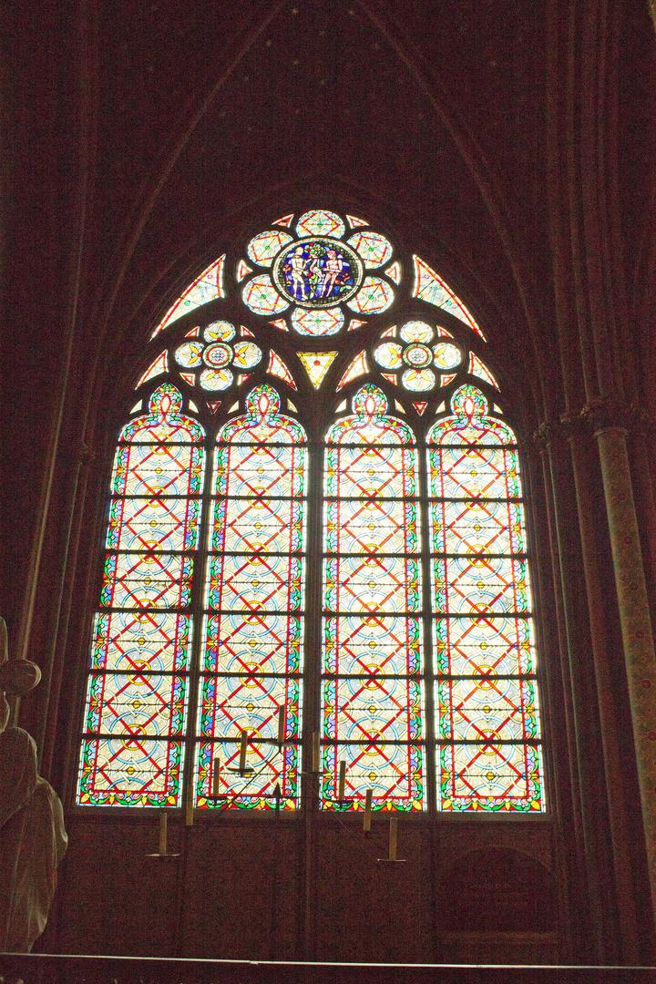 Kirchenfenster in der Notre Dame