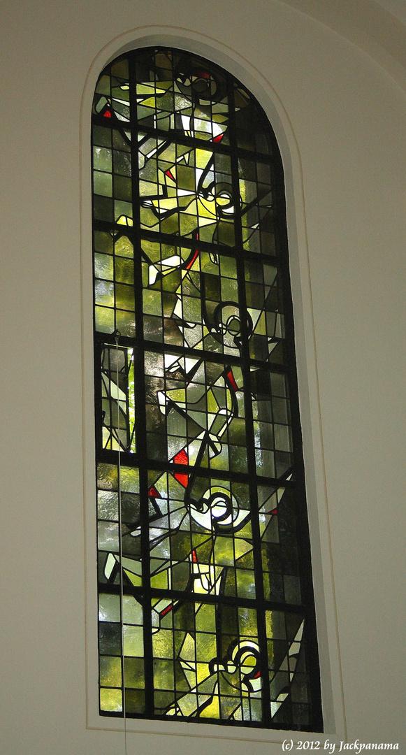Kirchenfenster in der St. Antonius Kirche in Wesel (2)