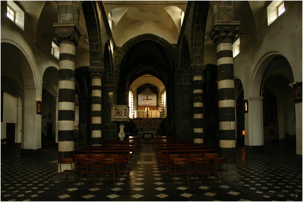Kircheninneres...