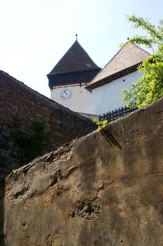 Kirchenturm in Holzmengen