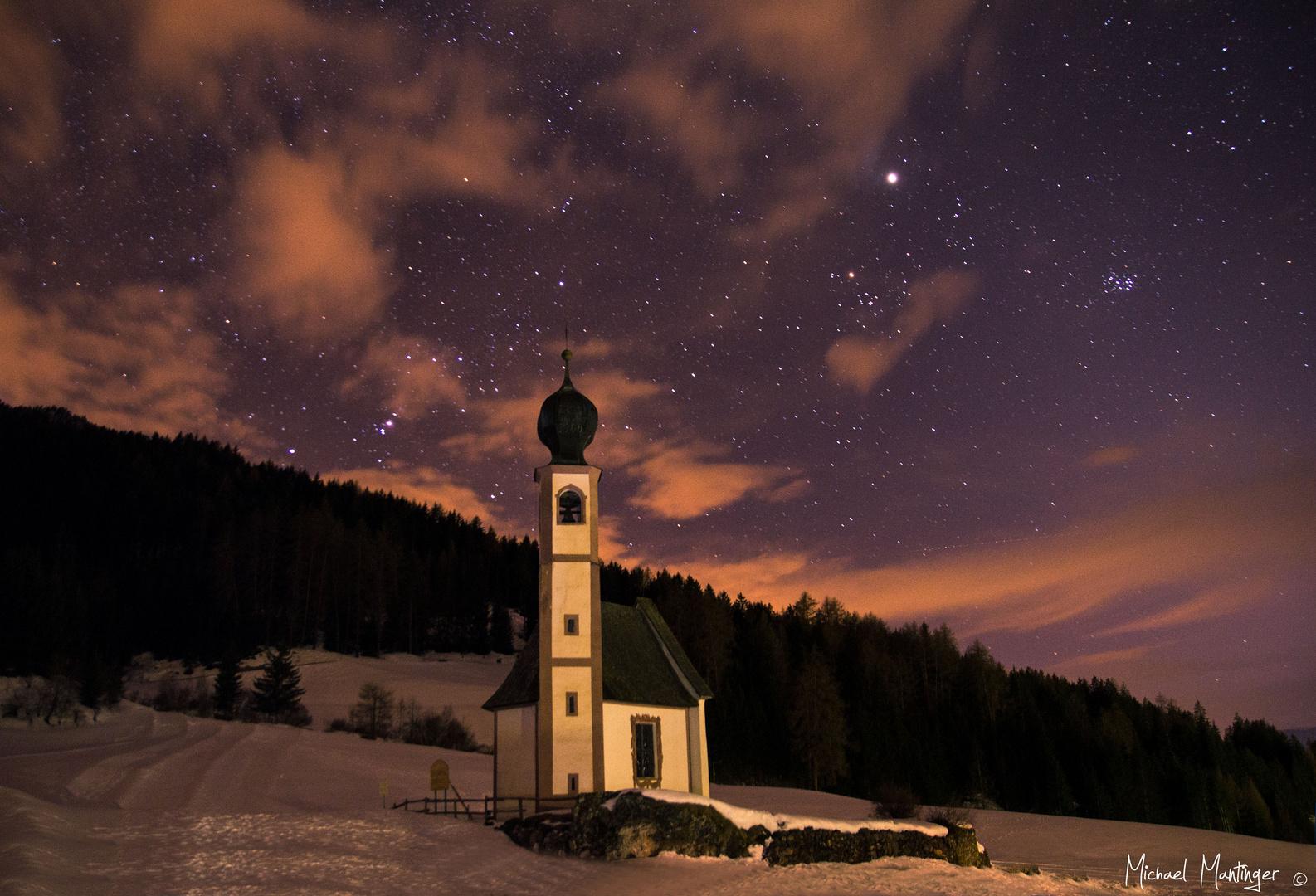 Kirchlein Ranui bei Nacht