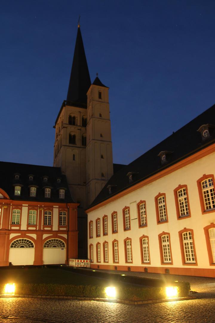 Kirchturm der Abtei Brauweiler