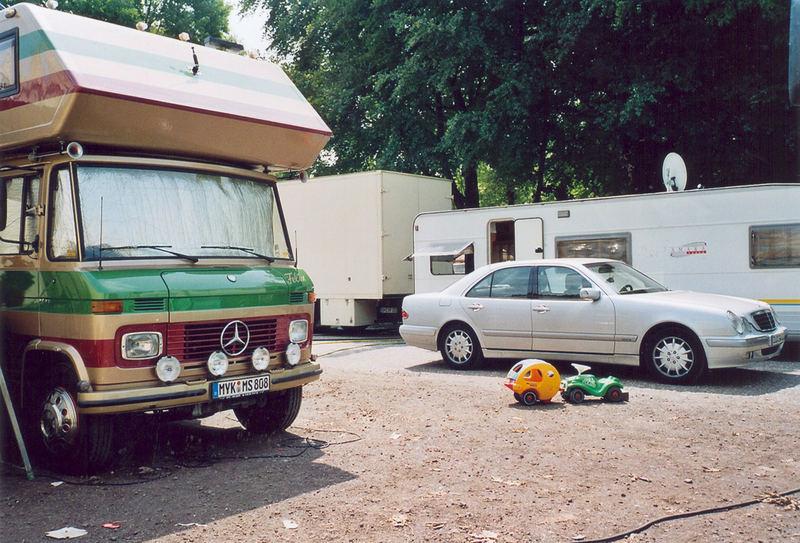 Kirmes oder Camping? Bonn,2007