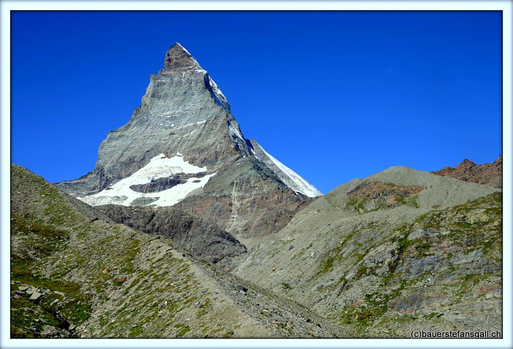 """""""Kiss me;""""Matterhorn"""