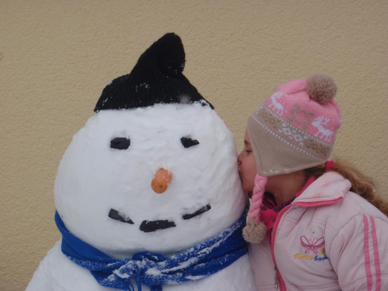Kiss the Snowman