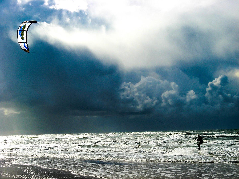 kitesurfing in the North Sea