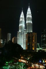 KL-Towers by night