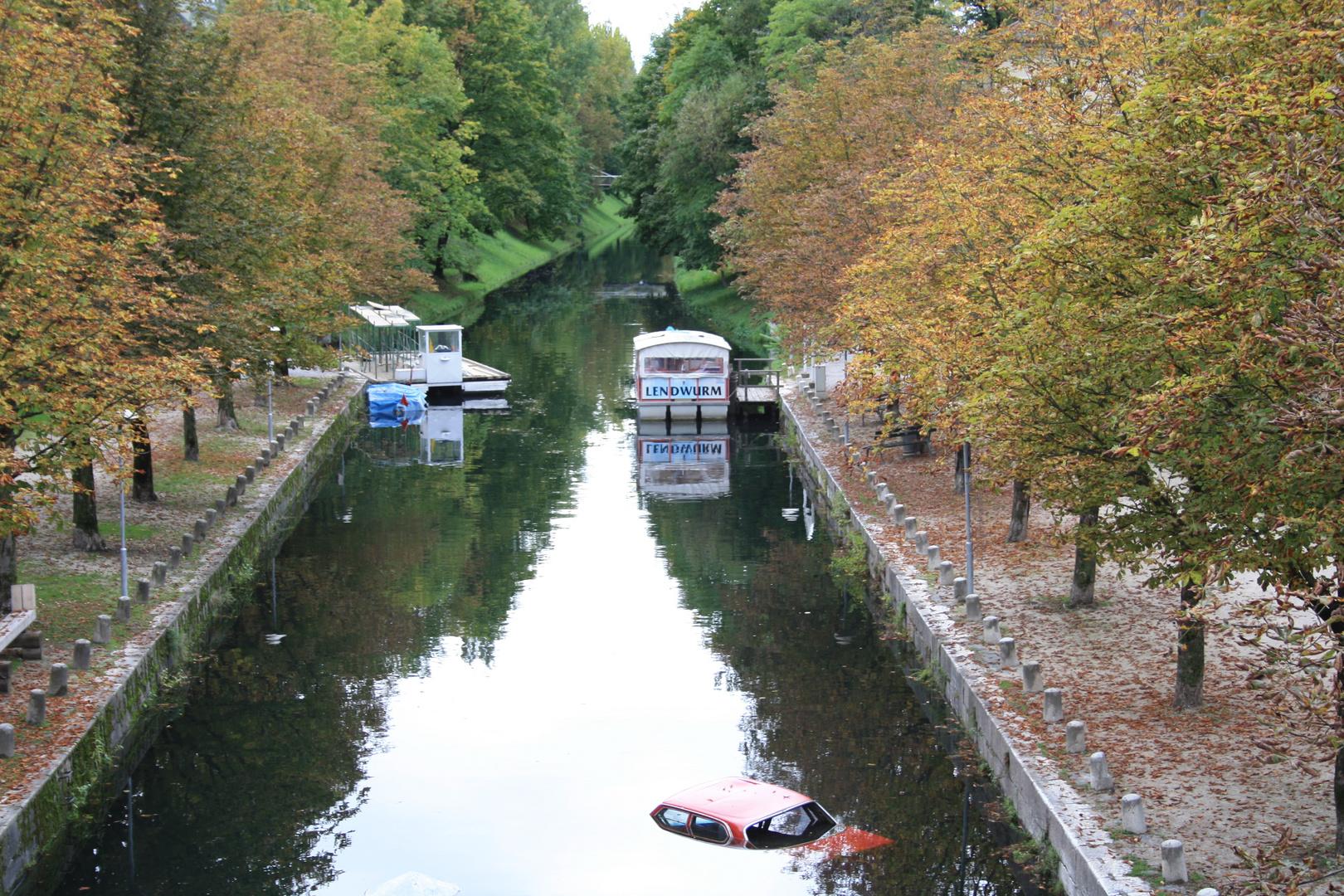 Klagenfurt im Herbst (Lendkanal)