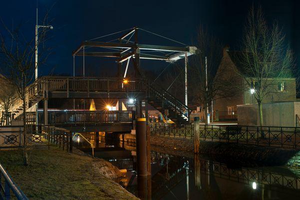 Klappbrücke über den Storkower Kanal