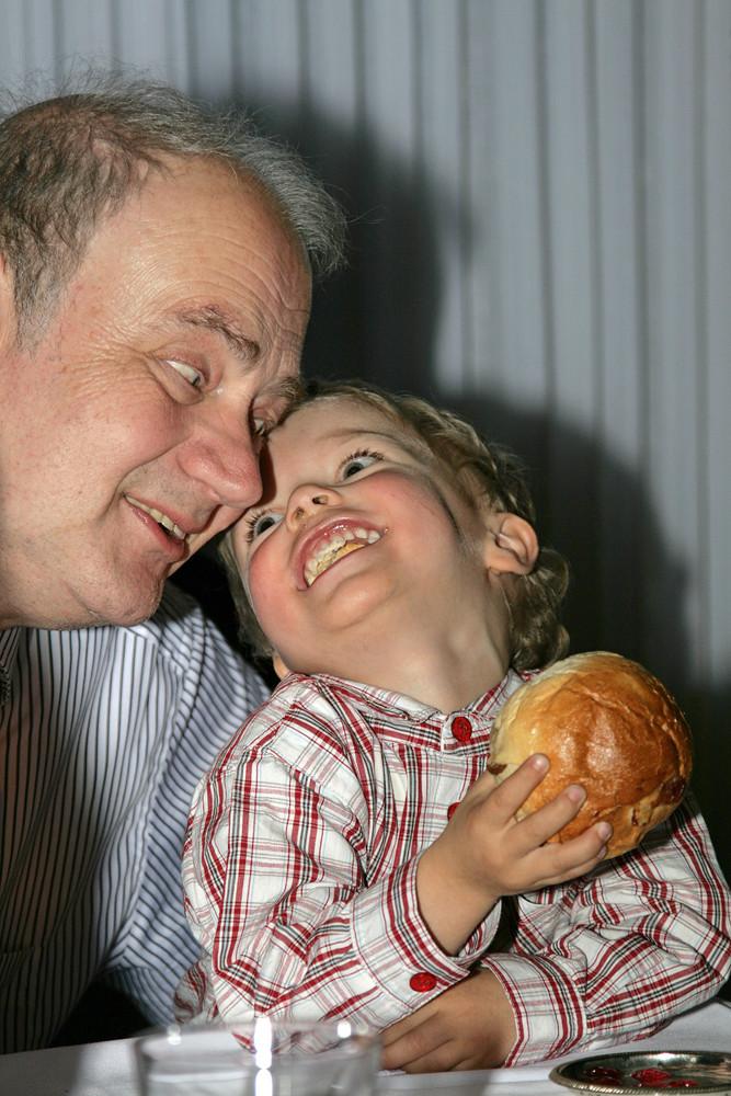 """""""Klar, hab ich dich lieb, Opa! ..."""""""