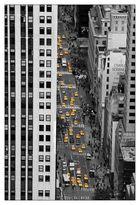- Klassiker- Yellow Cabs in den Schluchten von New York