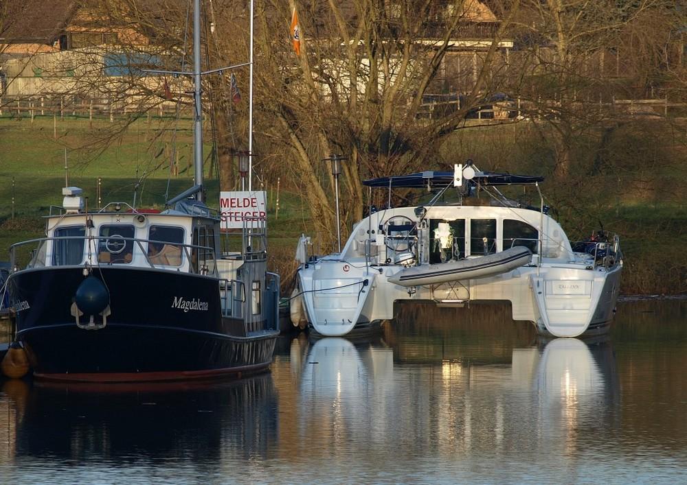 klassisch gegen modern - Boote