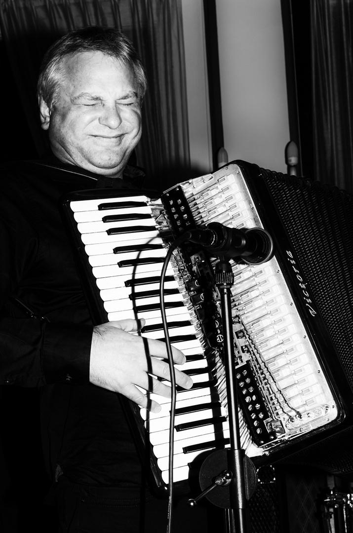 Klaus Paier, Akkordeonist