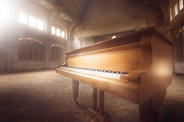 Klavier in den Beelitzer Heilstätten