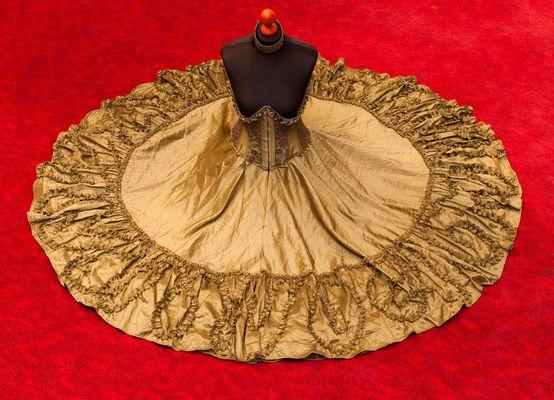 Kleid der O
